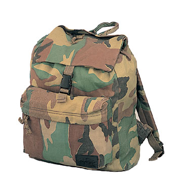 CANVAS DAYPACK - WOODLAND CAMO